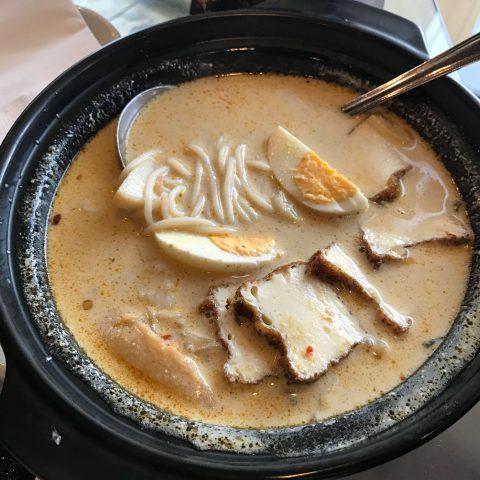 Makan Makan Asian Food Village, Ermita