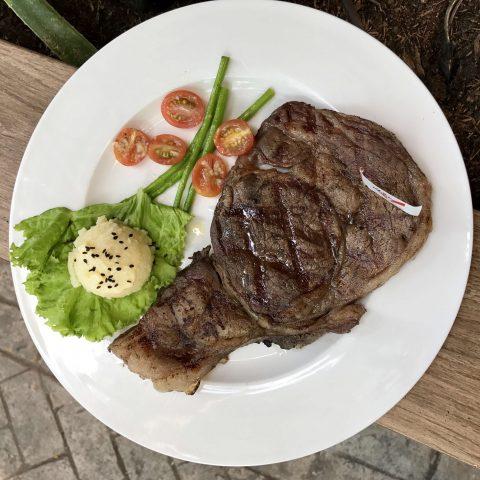 Steak77, Tomas Morato