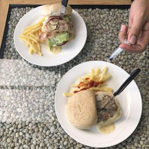 Café Medic, Dela Paz